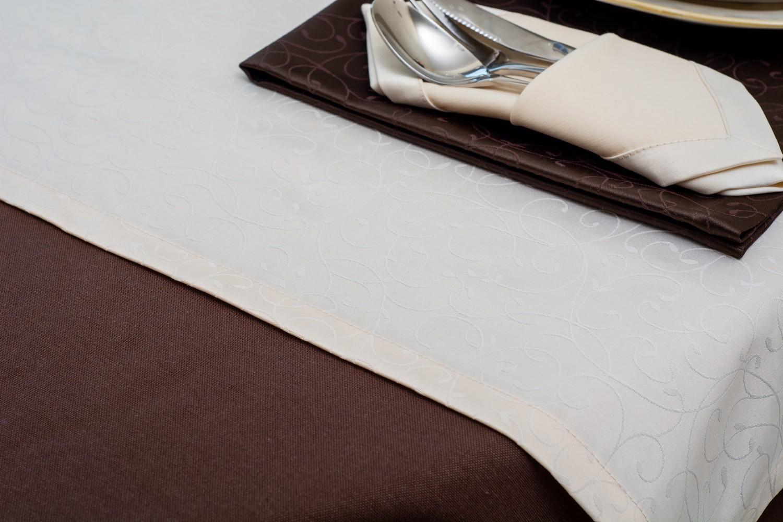 Скатертина – тканина тефлон, колір коричневий Доріжка – тканина маті 1812, колір білий